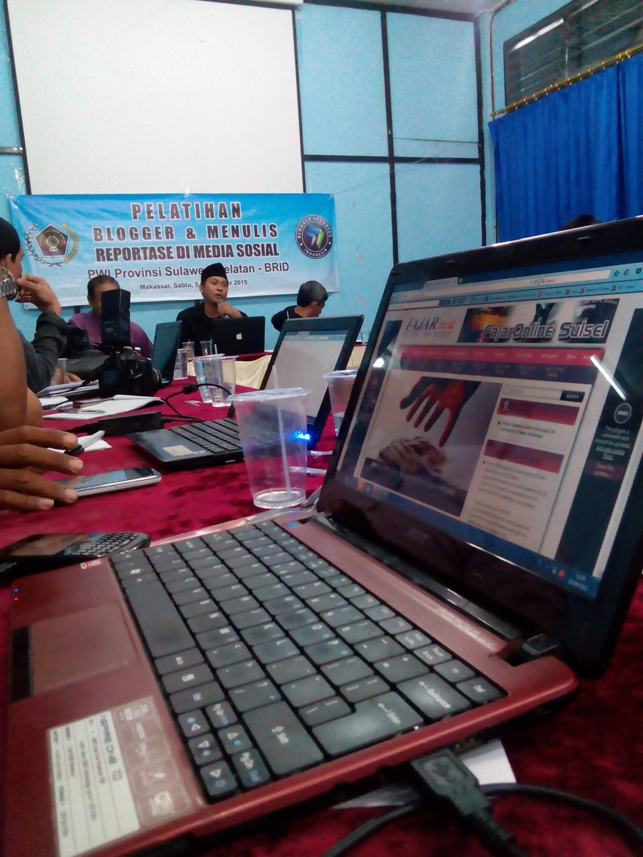 Belajar menulis reportase di blog
