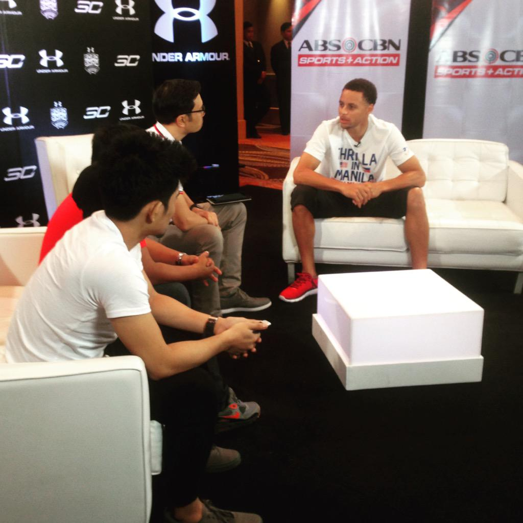 one-on-one w/ Steph #UARoadShowManila @tjmanotoc @StephenCurry30 @abscbnsports http://t.co/MXSftgE1Lv