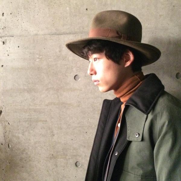 より。 http//www.mensnonno.jp/instagram/ 残暑がぶり返していますが、メンズノンノ編集部はアウター(!)の撮影中。 坂口健太郎pic.twitter.com/EaHHuQeZ57