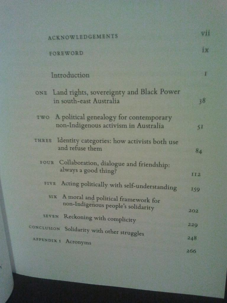 book quanten und felder: physikalische und philosophische