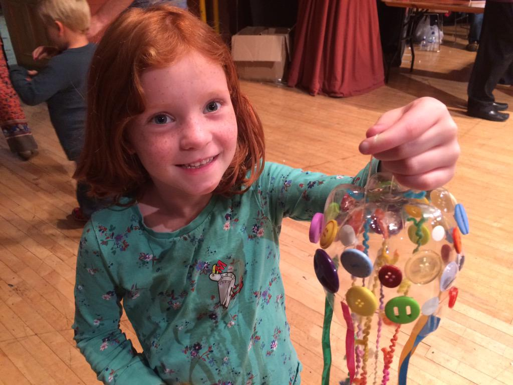 The great soda bottle jelly fish! Recycled from the best junk at @MakerFaireBTN #BDF15 #BMMF http://t.co/MxBHOiwusE