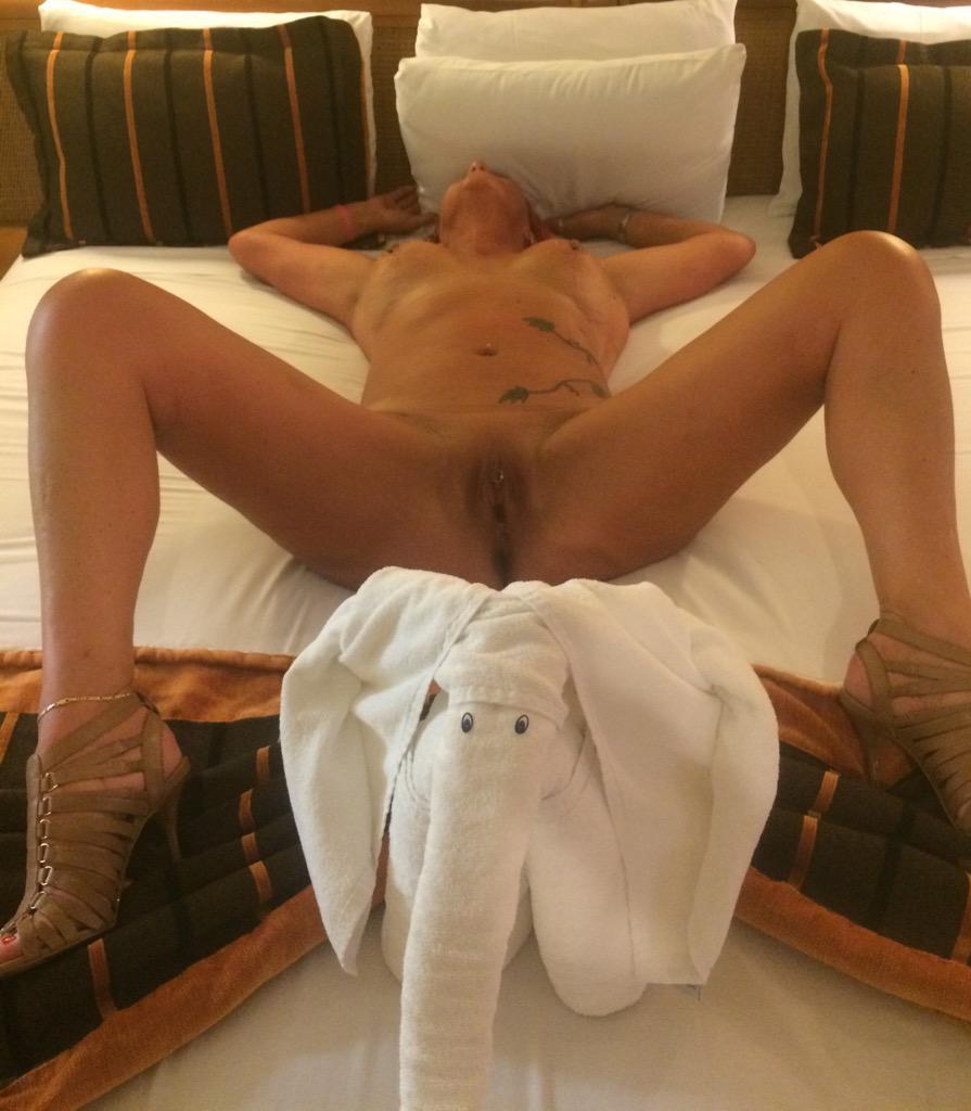 Amateur milf wife sexymilfsue cum filled pussy play 3