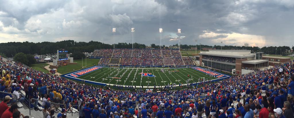 What a great day! @LATechFB defeats Southern 62-15 in front of 27,905 fans! #WeAreLATech #BulldogCountry http://t.co/6Xt3bJ8n5S
