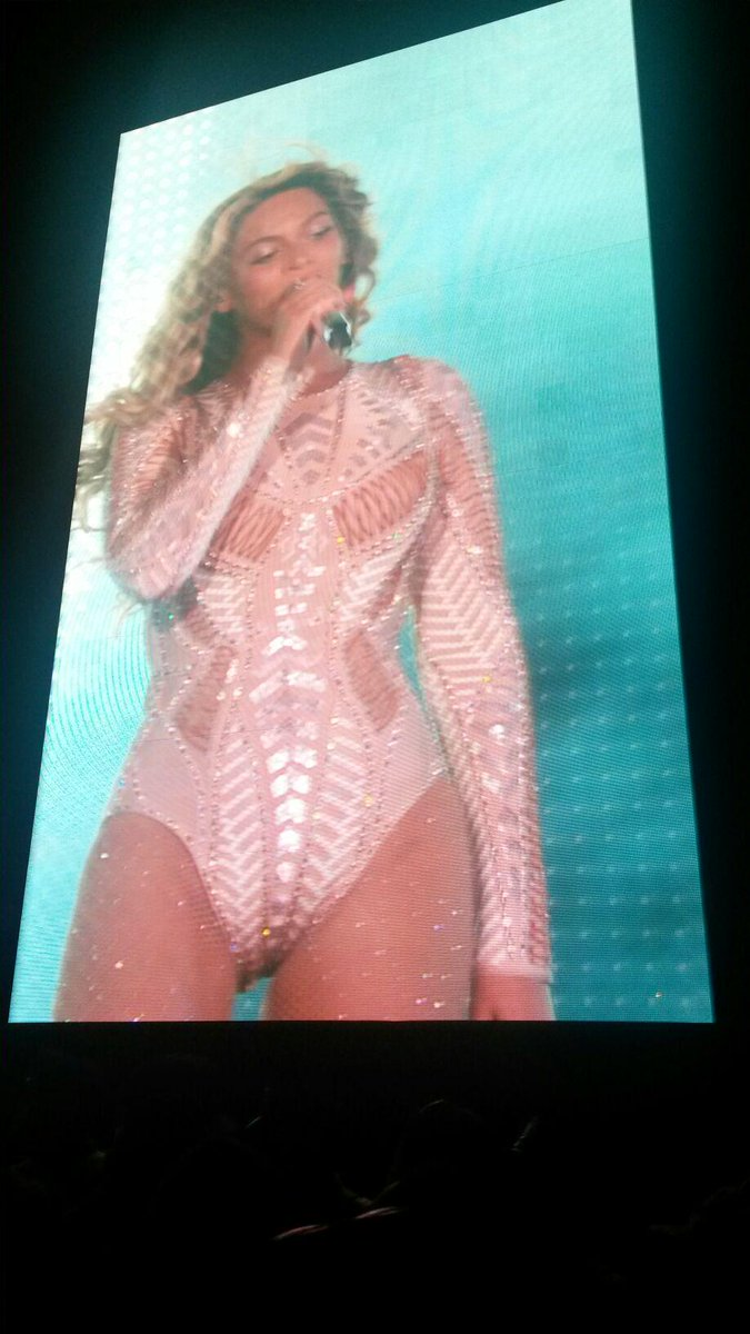 Beyoncé. Pure talent, incredible energy, Diva. #MIA, a great Phila event, thanks Jay, Beyoncé and all of the artists http://t.co/gQo5iaY0WH