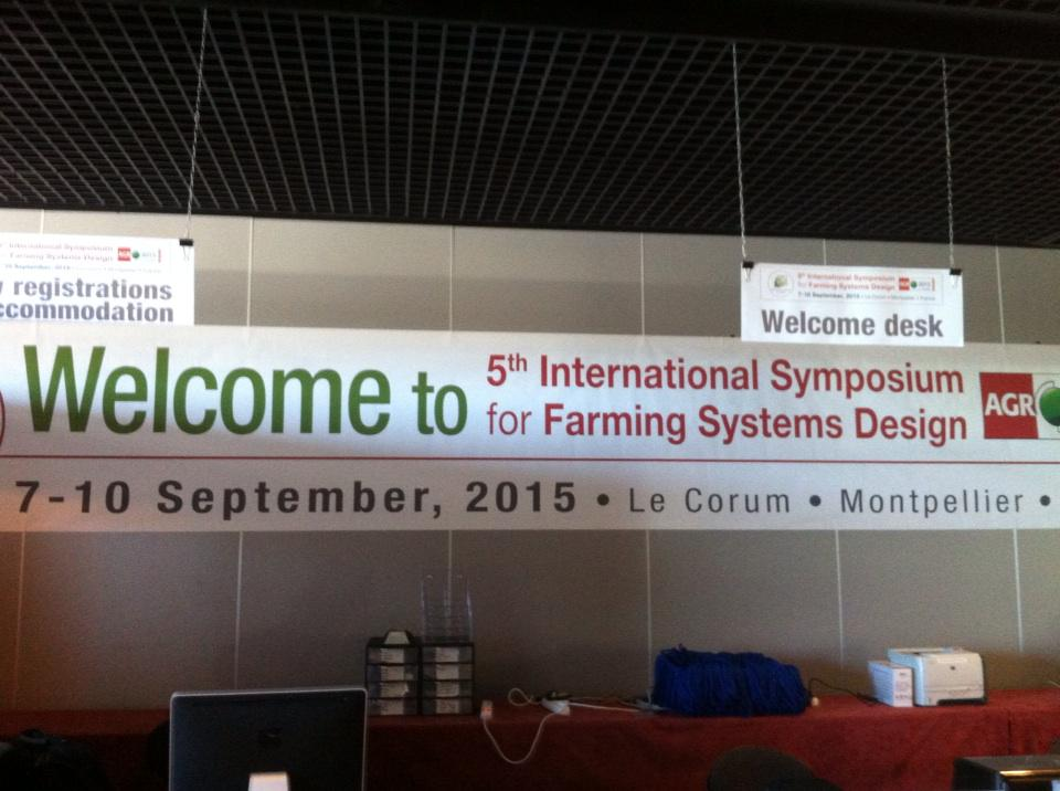 C'est parti pour Agro 2015 au Corum congrès sur les systèmes agricoles #agro2015 @Cirad @Inra_Intl @AgroParisTech http://t.co/AgPvAItVge