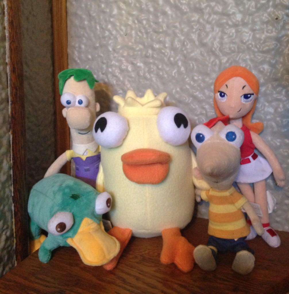 """[""""⁰ ... Ducky Momo is my friend."""" :3 ] @mmonogram @DanPovenmire @alikigreeky @zombietardis @joncoltonbarry http://t.co/M6n92M5N3z"""