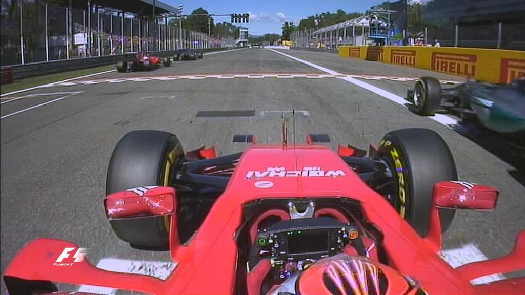 La Ferrari di Kimi Raikkonen ferma in partenza parte in ritardo