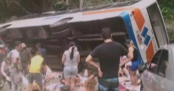 Brasile, si rovescia un Autobus: 15 morti e 40 feriti a Paraty.