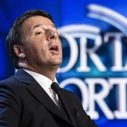 """Matteo Renzi con il Piano Fiscale a """"Porta a Porta""""."""