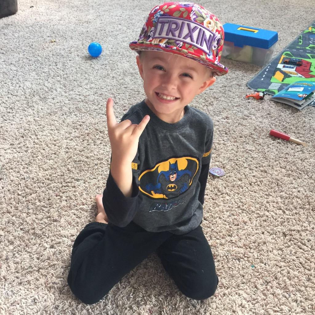 Roman atwood on twitter yo shaycarl my boy is lovin the for The atwood