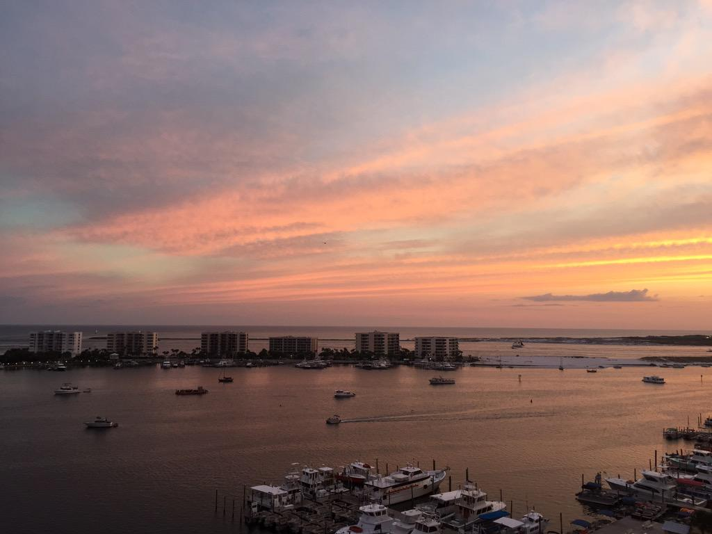 Destin Harbor Sunset http://t.co/YIC4eMXqe8