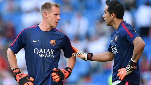 Claudio Bravo Sustains Calf Injury