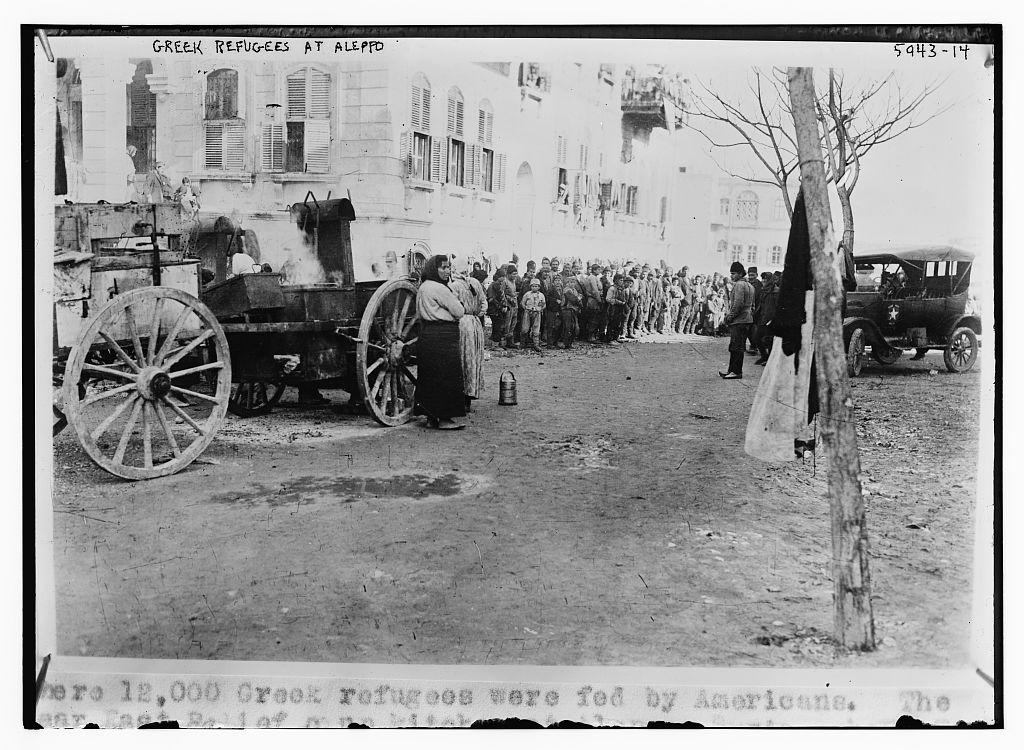 Greek refugees arriving in Aleppo, Syria (1923). Για φαντάσου. http://t.co/rjqXjiKmIu