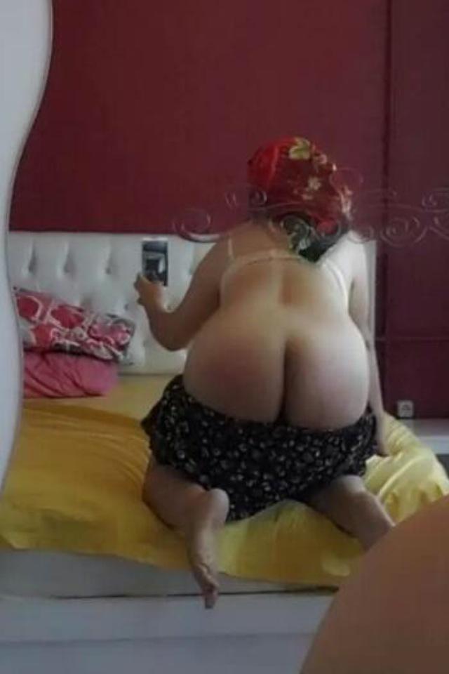 Hadise Sikis At Gibi Porn Videos  Pornhubcom