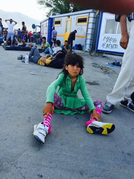 Her feet hurt . She is exhausted and sulking. Is that the life of a child #refugeecrisis http://t.co/AYq4beTN2j