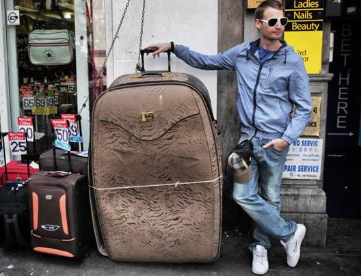 Roller Bag vs Backpack - Which Is Better?  Review ... - http://t.co/loIVgvOe7p #lp #travel #ttot #traveltuesday http://t.co/5Z8Z4zjvKp