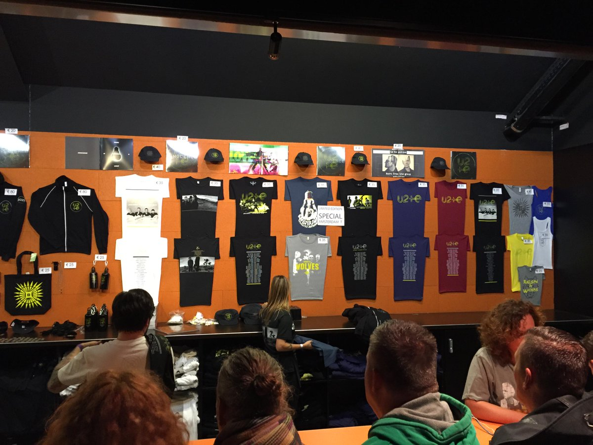 U2 i+e Tour T-shirts, Amsterdam 2015 (photo: @u2gigs/Twitter)