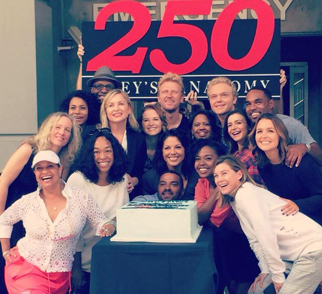 250episodes hashtag on Twitter