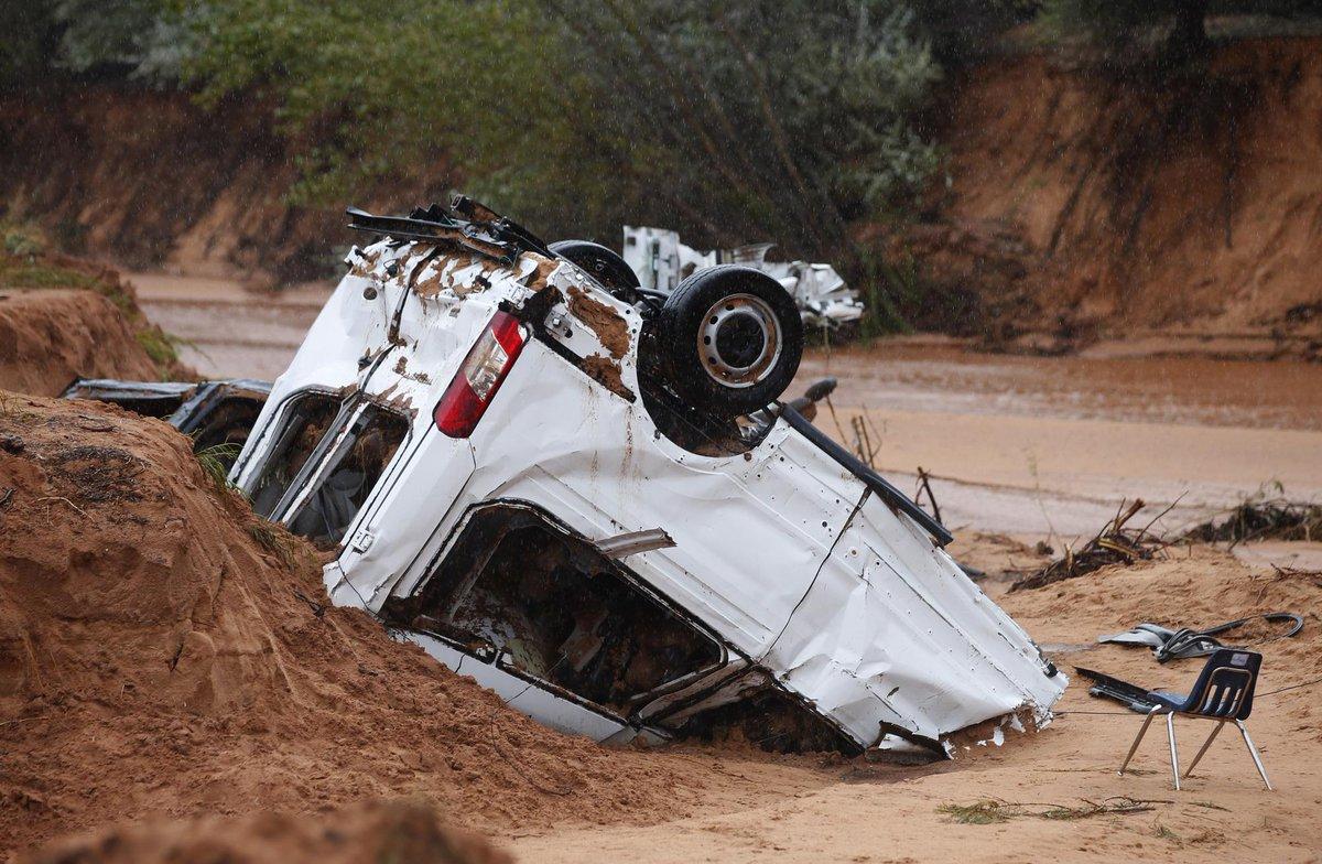 Alluvione Utah (USA): salgono a 16 le vittime, 4 i dispersi.