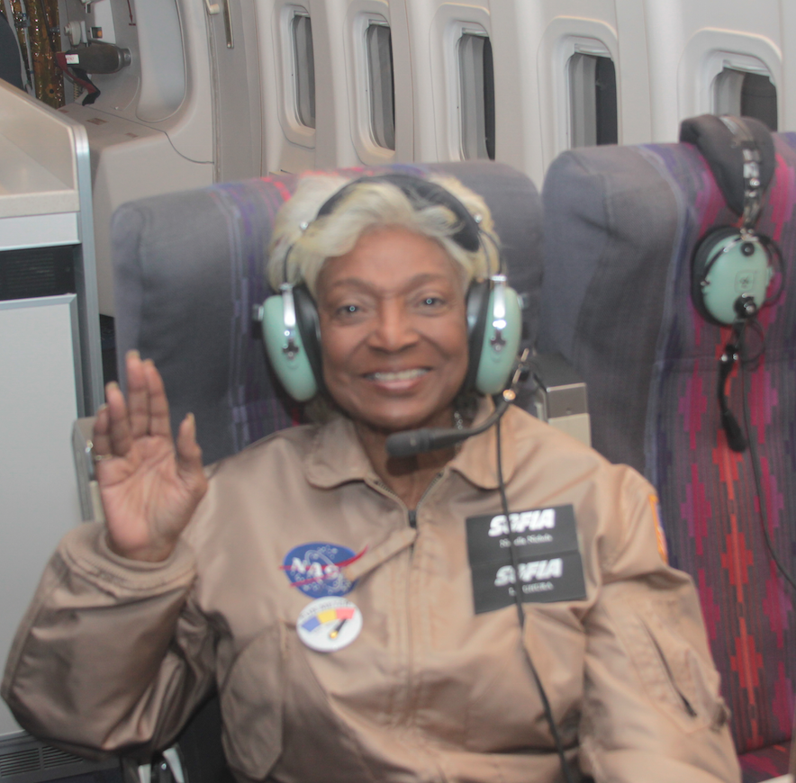 Hailing frequencies open. We're live from the stratosphere w/ @NichelleIsUhura Send us your questions w/ #askNASA747 http://t.co/oTPhUz8frW