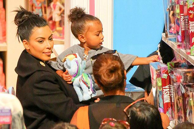 Mommy-daughter shopping date! @KimKardashian & daughter North stopped by @ToysRUs and took a look at Yasmin! #bratz http://t.co/cDk8PT9SJh