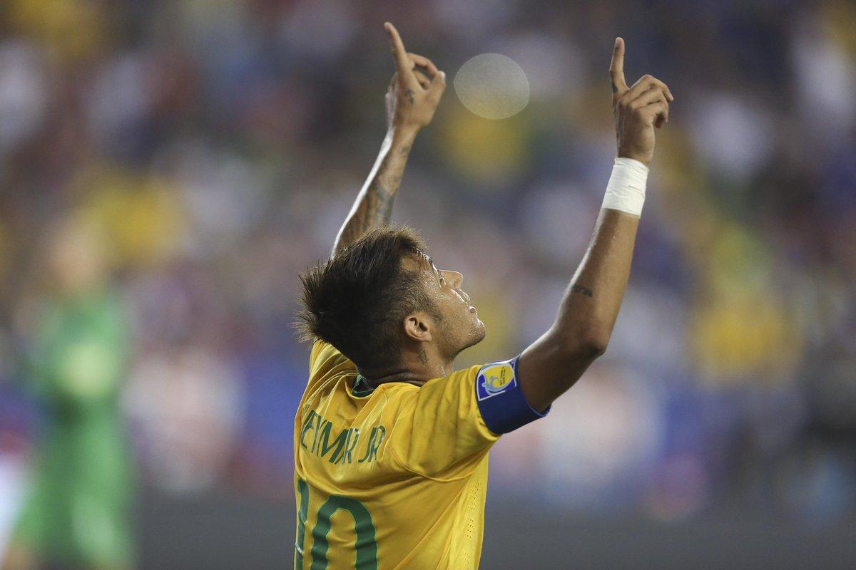 Neymar Breaks Record With Brazil