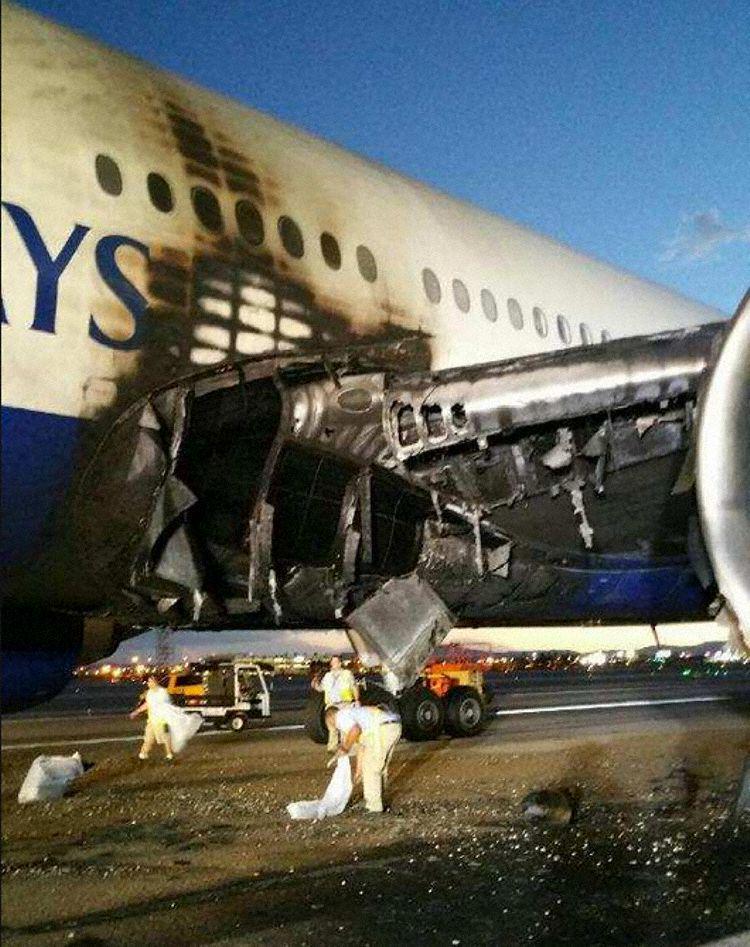 Boeing 777 BA2276 incendie sur la piste à Las Vegas - Page 2 COc-W-SUYAAO5C8