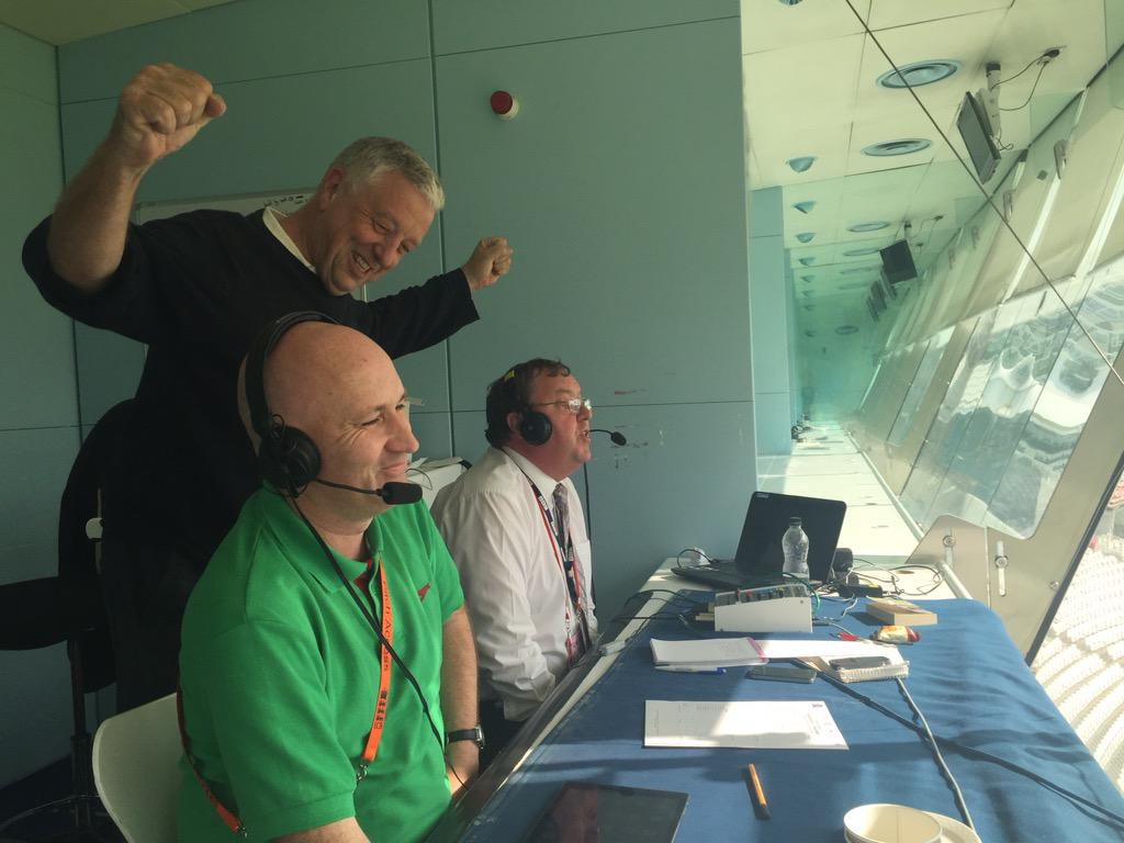 .@CallyCricket announces the title for @Yorkshireccc on comms with @kevinhowellsbbc & celebrations from @dtstwaddle http://t.co/GQlfoxxykO