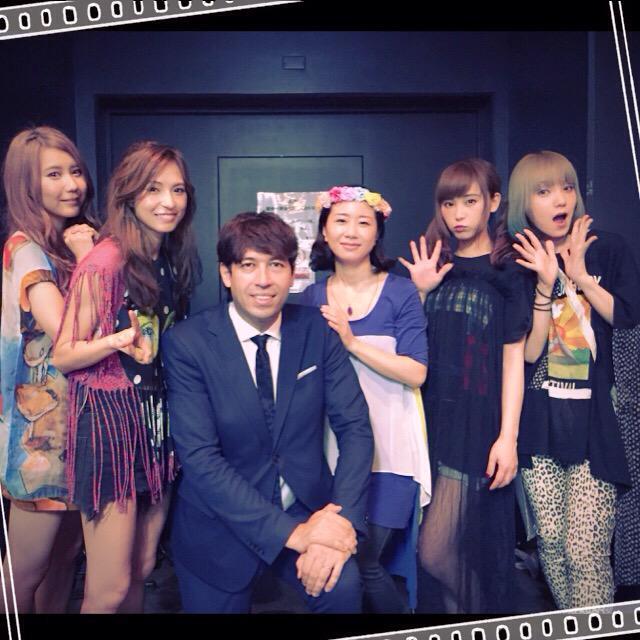 今日のライブ音源9/13の  @SMILEONSUNDAY 11:20頃放送です!FM81.3 #jwave ラジオか radiko.jp  でぜひ! #scandal_sisters #scandal @scandal_band http://t.co/usJlrP2RUc