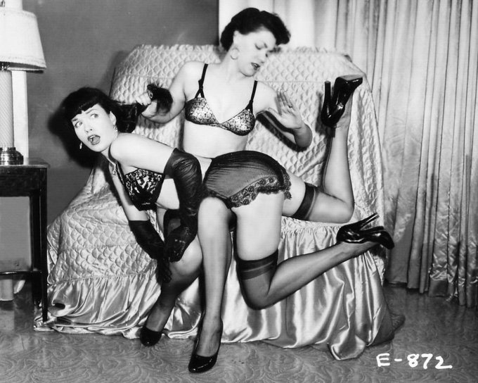 RT @clips4sale: Any excuse to tweet a #BettiePage pic! http://t.co/iiWph4vYsV #Vintage #Spanking #TBT