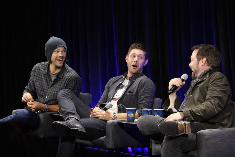#Supernatural fan? Watch @jarpad, @JensonAckles and @Mark_Sheppard's #NerdHQ panel here: https://t.co/R0BujhwPvT http://t.co/6GkS0cpUIv