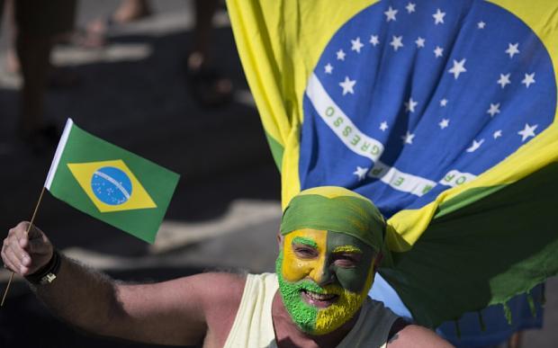 Standard and Poor's: titoli debito Brasile a spazzatura.