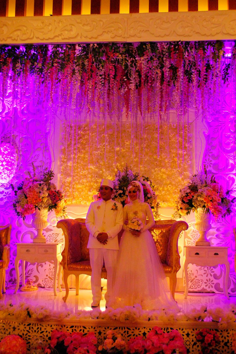 Grand tjokro yk on twitter wedding decoration grand tjokro grand tjokro yk on twitter wedding decoration grand tjokro yogyakarta hotel grandtjokroyk wedding jogja couple decoration httptynffsse6fb junglespirit Choice Image