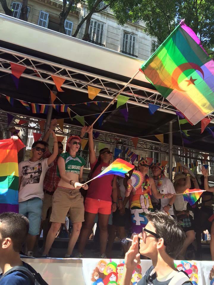 gay algerie rencontre à Paris