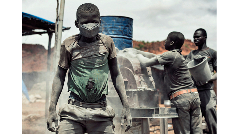 "True source of ""Togo"" gold imported by Swiss refiner: Burkina Faso mines using child labor http://t.co/hf0tiI16g0 http://t.co/82MMd1ElJh"