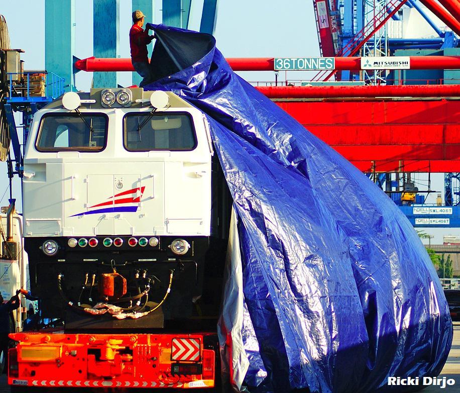add ons lokomotif cc206