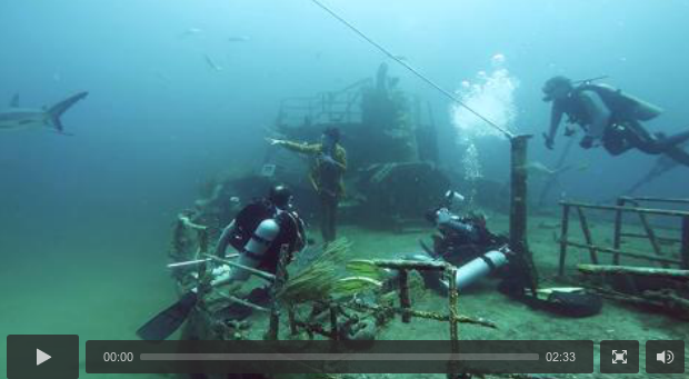 3m sharks, 40 air tanks + 1 shipwreck: all in honour of our new menswear special #WiseGuise:   http://t.co/cAu5pxCFRK http://t.co/PNnLgS1EYZ