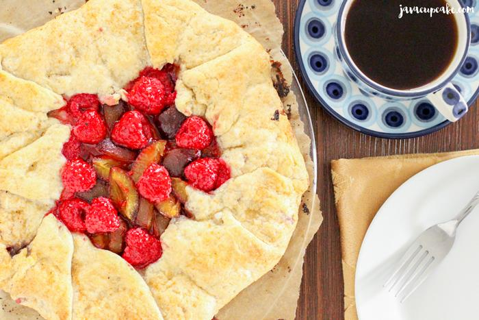 Enjoy plum season with my Plum Raspberry Galette! http://t.co/XPO1UdZpd3 #plums #raspberry #galette #fallbaking http://t.co/5Fwhu3Nt9V