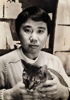 村上春樹 と(たぶん)ピーターです。経営していたジャズ喫茶の名前は猫の名前からとったということですから。