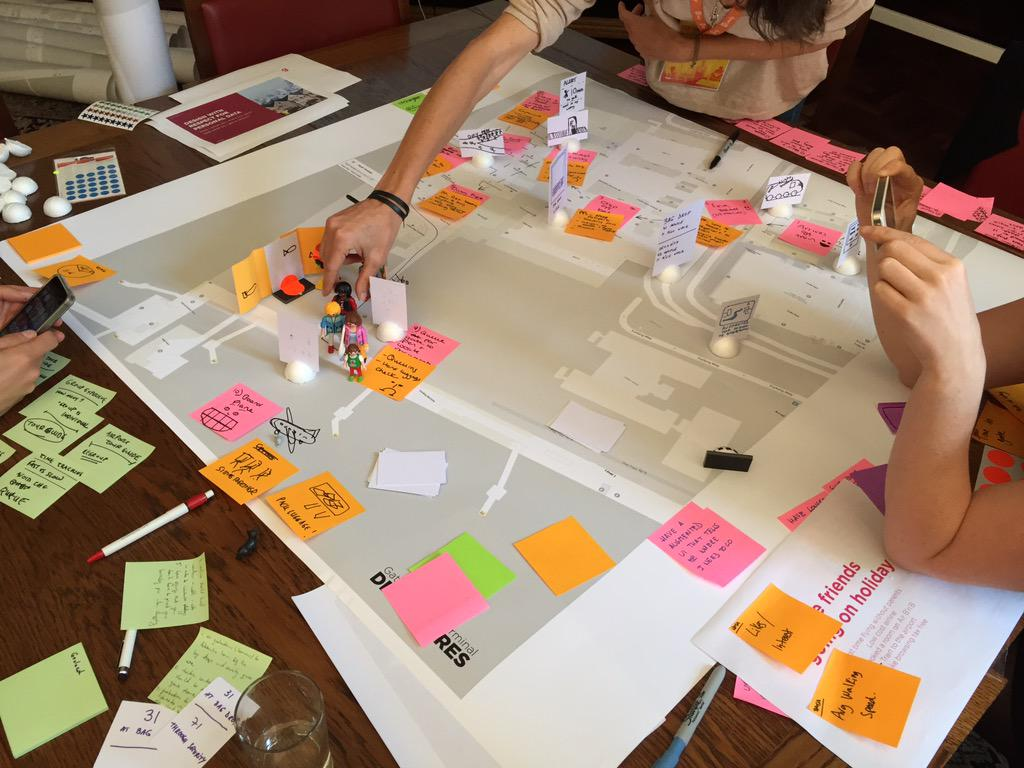 Redesigning the airport experience, part of the Living Services workshop by @westerbergae @fjord #uxcam http://t.co/LO3wBlB8fB