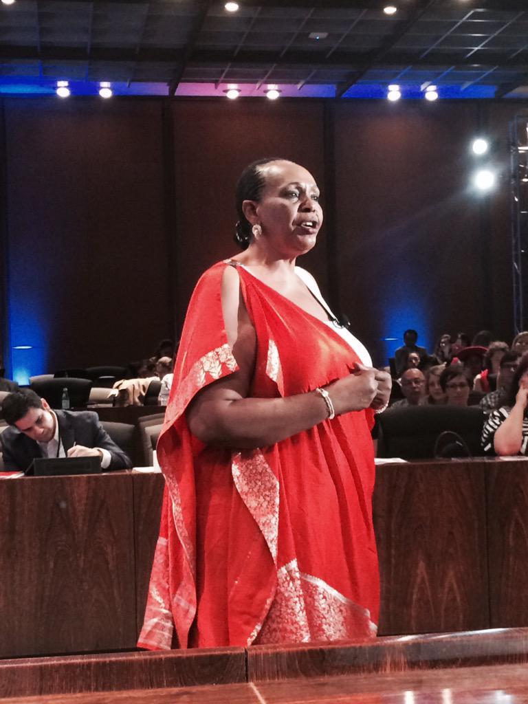 """Every time you buy a basket you spread peace."" -Joy Ndungutse founder of #rwanda path2peace #chooseartisan http://t.co/y2x4v4budt"