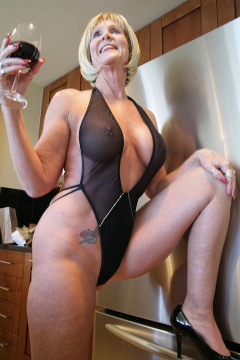 фото секс в прозрачной одежде