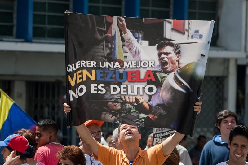 El caso Leopoldo López es un símbolo mundial de abuso de poder: HRW http://t.co/fdxhMitZ8l http://t.co/QUuDmrNYLz