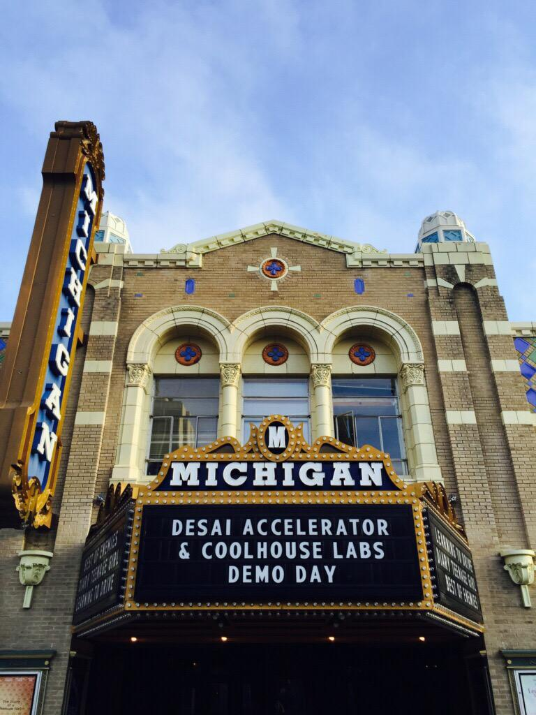 Congrats to the teams presenting at @CoolhouseLabs #DemoDay: @VervidApp @fletchapp @nomsy_yum @DreamItReel @Breighner http://t.co/hiYTggwJkM