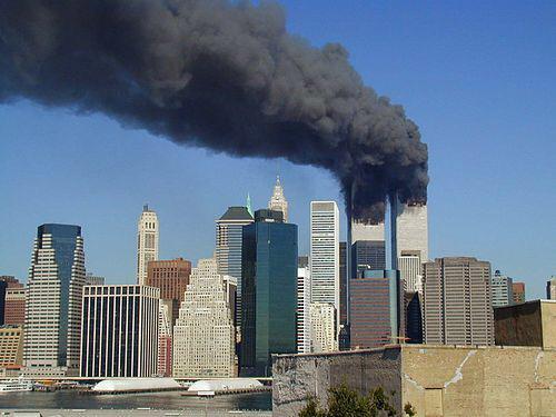 今日で14年。 犠牲になってしまった全ての人に 追悼の意を。  http://t.co/P9DeYGnIQI http://t.co/zYl2QAWbHZ