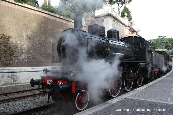 Thumbnail for Parte il Treno delle Ville Pontificie: dal Vaticano a Castel Gandolfo e Albano Laziale