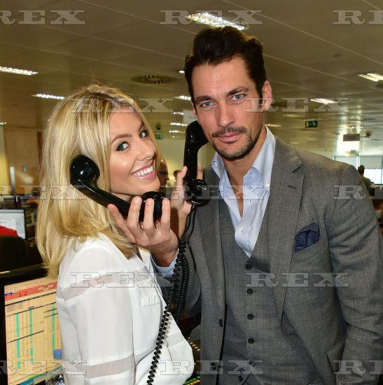 Saturday >> Mollie King - Página 25 COnlY89XAAACeQm