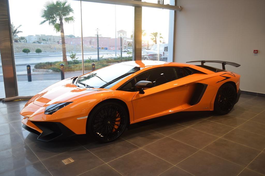 Jamesedition On Twitter Orange And Black Perfection Lamborghini