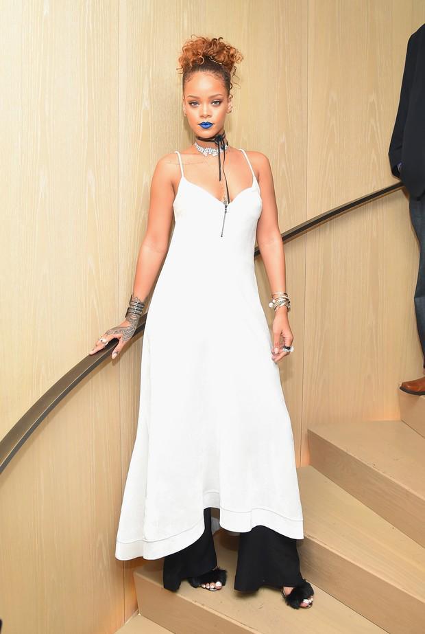 8ca01325b rihanna reune tops e fashionistas em festa no primeiro dia nyfw
