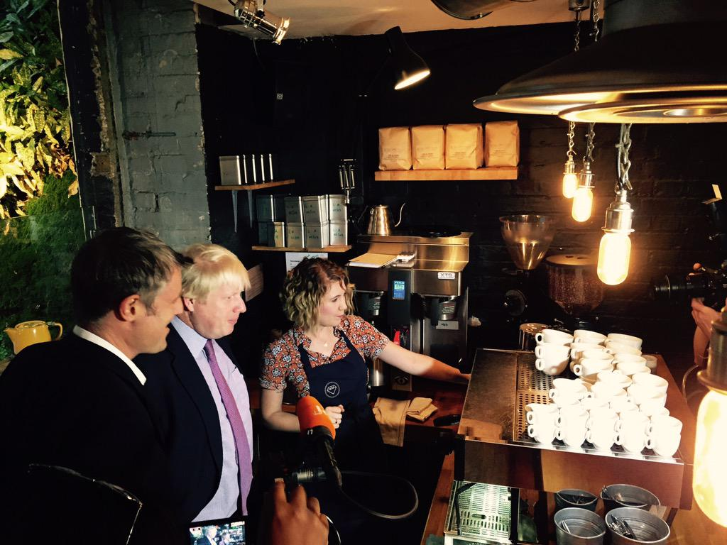 Earlier I met with @bio_bean_uk winners of my 1st £20,000 Low Carbon award who are transforming coffee into fuel http://t.co/NbKF2sjqGM
